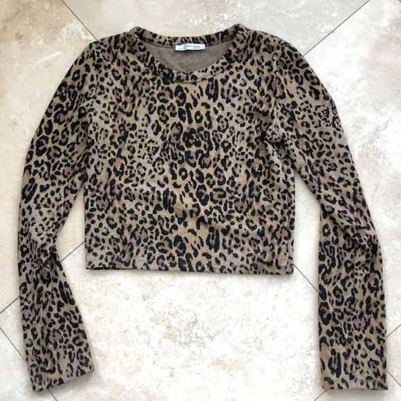 11960725 Zara Jaguar Print Cropped Top Size S
